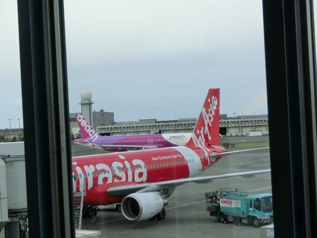 北海道観光と飛行機、沖縄観光と飛行機、地方活性化に飛行機が重要、格安飛行機が地域活性に寄与_d0181492_064536.jpg