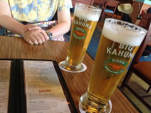 ハワイ☆2013~ホノルル空港で、最後の乾杯_f0207146_12224097.jpg