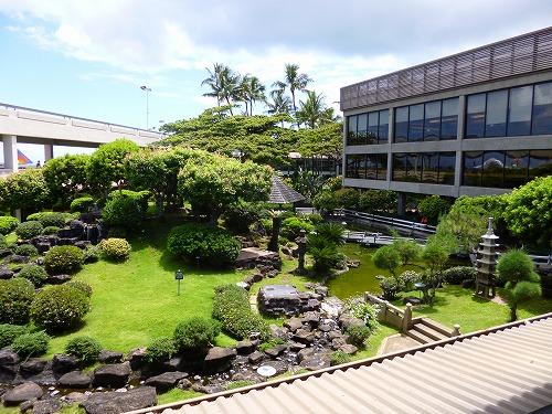 ハワイ☆2013~ホノルル空港で、最後の乾杯_f0207146_12234167.jpg