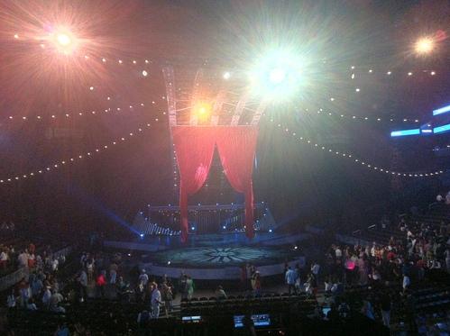 ブルックリンの Barclays Center で、懐かしい Cirque du Soleil の「Quidam」を観る(2幕だけ)_e0094804_18232527.jpg