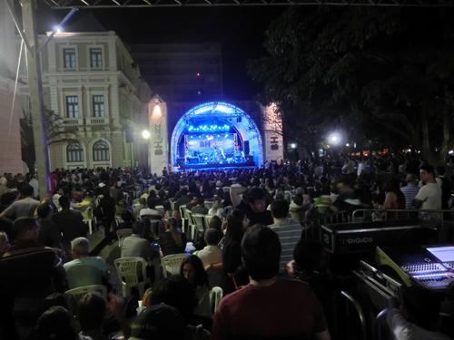 from Belo Horizonte, BRASIL 2013  最高の仲間たちの友情に感謝☆クルゼイロ×アトレチコミネイロ   ▶_b0032617_2228859.jpg