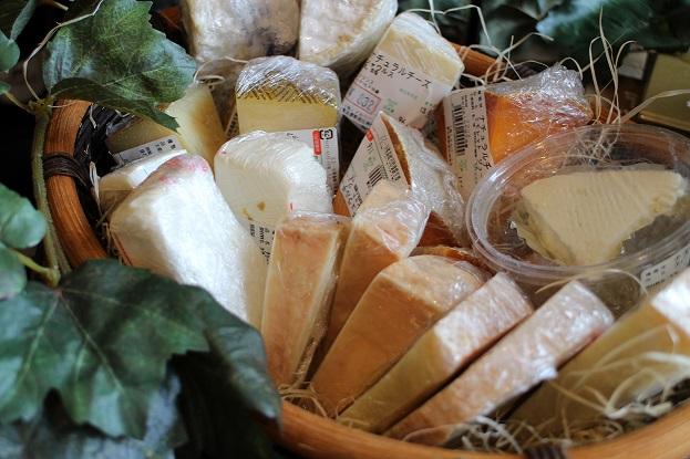 チーズ再入荷しました♪_b0016474_12245242.jpg