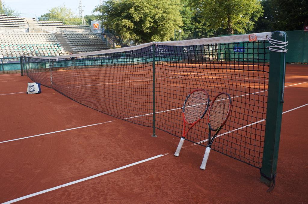 土曜日。テニス+Markt+夜は拙宅で食事会。_c0180686_048057.jpg