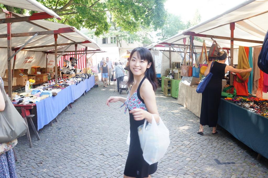 土曜日。テニス+Markt+夜は拙宅で食事会。_c0180686_21595884.jpg