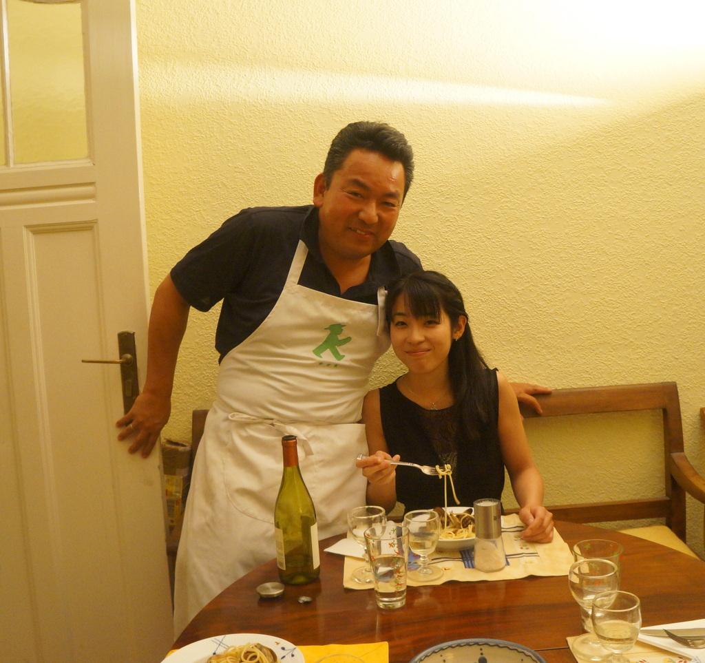 土曜の晩餐、懐かしい再会。_c0180686_22583546.jpg