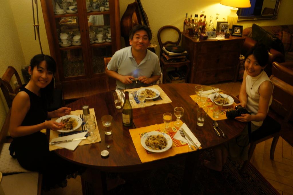 土曜の晩餐、懐かしい再会。_c0180686_23202094.jpg