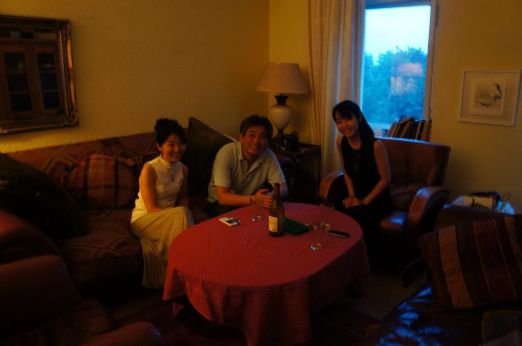 土曜の晩餐、懐かしい再会。_c0180686_2383930.jpg