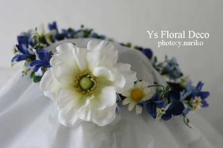 青いお花の花冠 ロケーション撮影に_b0113510_15414947.jpg