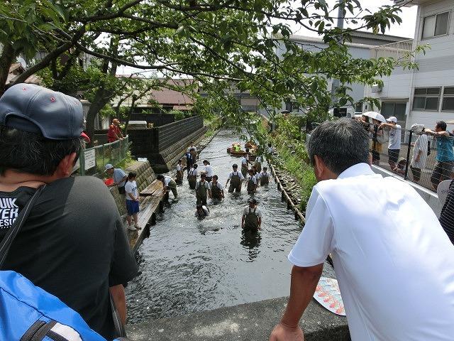 今年も盛大に開催「第27回 田宿川たらい流し川祭り」_f0141310_6563888.jpg
