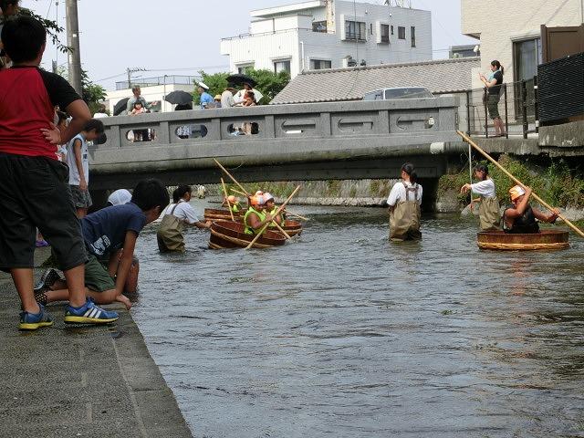 今年も盛大に開催「第27回 田宿川たらい流し川祭り」_f0141310_6571474.jpg