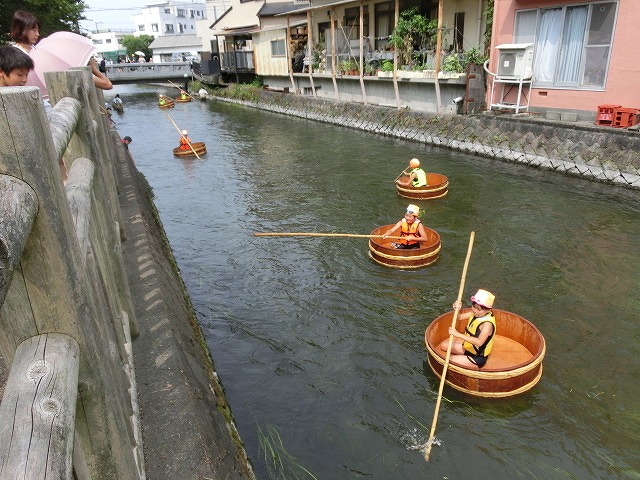 今年も盛大に開催「第27回 田宿川たらい流し川祭り」_f0141310_65768.jpg