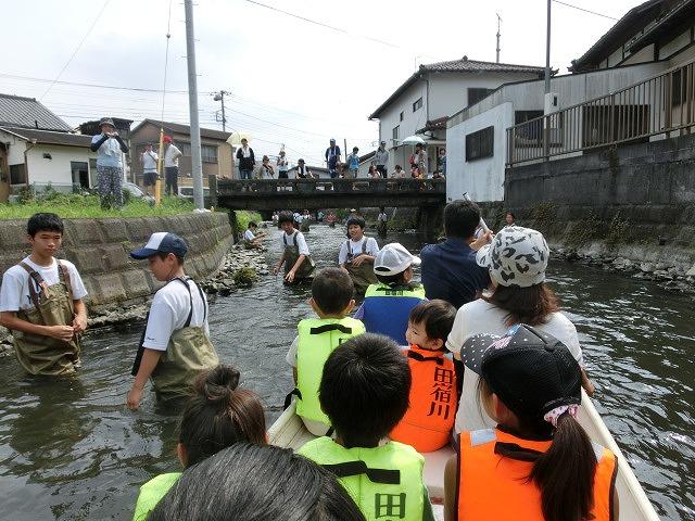 今年も盛大に開催「第27回 田宿川たらい流し川祭り」_f0141310_6582844.jpg