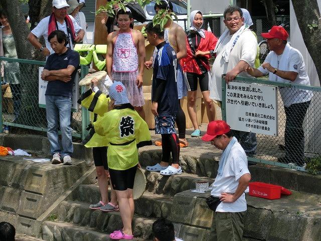 今年も盛大に開催「第27回 田宿川たらい流し川祭り」_f0141310_6584983.jpg