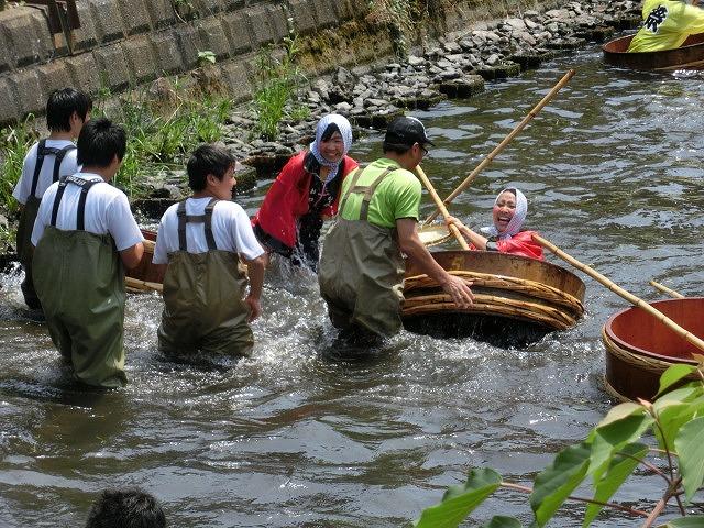 今年も盛大に開催「第27回 田宿川たらい流し川祭り」_f0141310_704523.jpg