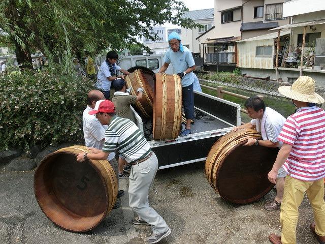 今年も盛大に開催「第27回 田宿川たらい流し川祭り」_f0141310_722389.jpg
