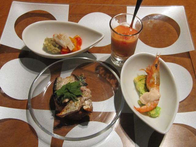 7月の料理「夏野菜と瀬戸内の魚介」_d0177560_159372.jpg