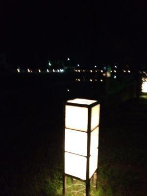 あおやに灯篭の風景があります。_f0009169_1394275.jpg
