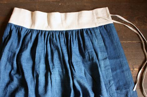 「 えみおわすの服と木版画展 」はじまります。_b0171381_23185259.jpg