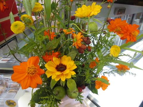 今週のお花。_a0171984_18214474.jpg