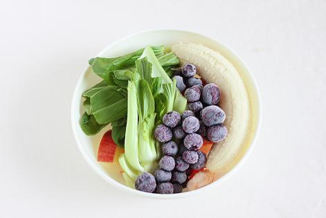 レシピ「ブルーベリーとグレープフルーツのグリーンスムージー」と旬のスムージーレシピ7選のこと♪_a0154192_19114617.jpg
