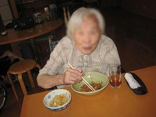 昼食づくり<アクティブライフ芦屋・グループホーム つつじ>_c0107602_11362668.jpg