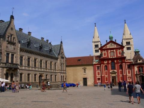 中欧家族旅行2012年08月-第九日目-チェコ・プラハ、プラハ城(V)、旧王宮と聖イジー教会_c0153302_1350269.jpg