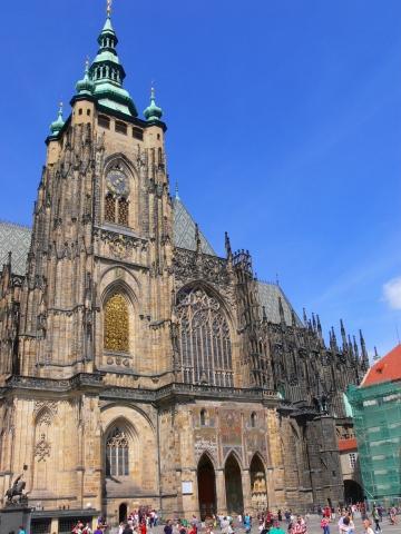 中欧家族旅行2012年08月-第九日目-チェコ・プラハ、プラハ城(III)、聖ヴィート大聖堂鐘楼とプラハの眺め_c0153302_6184025.jpg