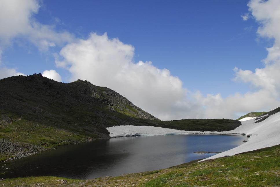 2013年7月 July 2013 大雪トムラウシ山系縦走 Trekking in Taisetsu (Tomurausi) Mountains_c0219616_1528081.jpg