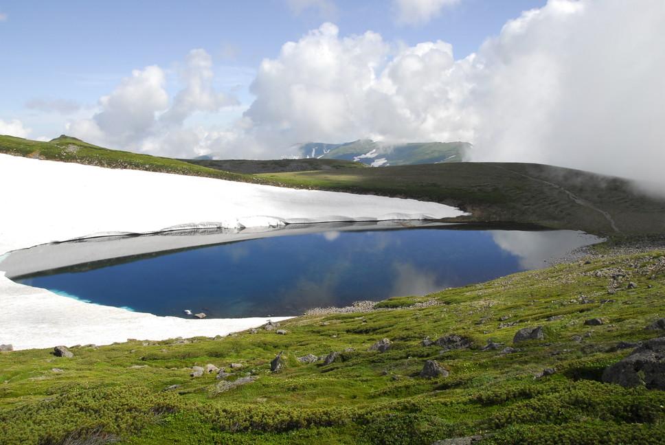 2013年7月 July 2013 大雪トムラウシ山系縦走 Trekking in Taisetsu (Tomurausi) Mountains_c0219616_15282014.jpg