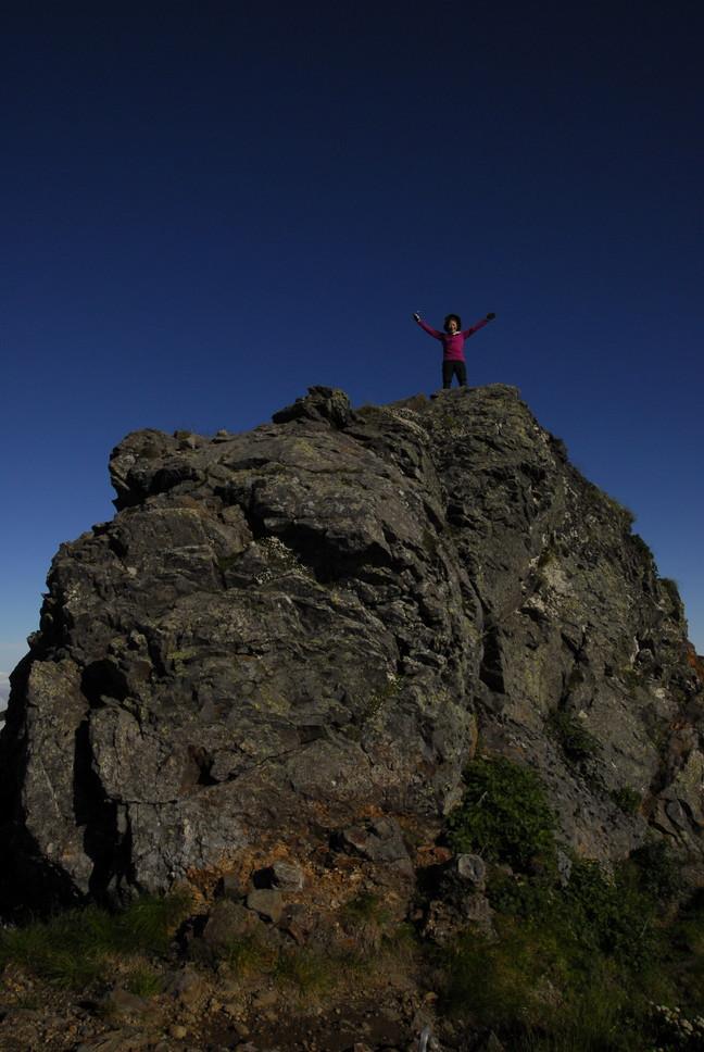 2013年7月 July 2013 大雪トムラウシ山系縦走 Trekking in Taisetsu (Tomurausi) Mountains_c0219616_1605239.jpg