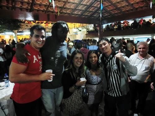 from Rio de Janeiro, BRASIL ...Sambaの殿堂にピンで出演、巨匠たちと共演♬ _b0032617_0252755.jpg