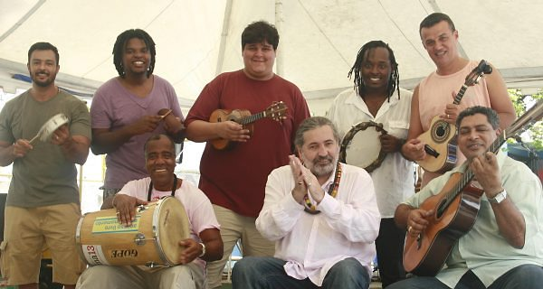 from Rio de Janeiro, BRASIL ...Sambaの殿堂にピンで出演、巨匠たちと共演♬ _b0032617_0371439.jpg