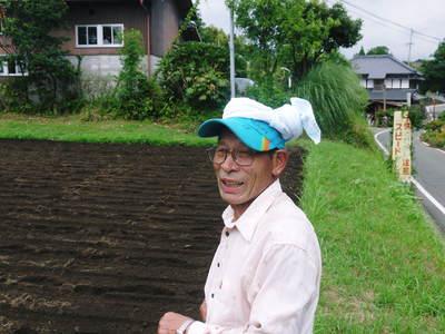 菊池水源里山ニンジン さぁ!いよいよ種蒔きです!!_a0254656_16225937.jpg