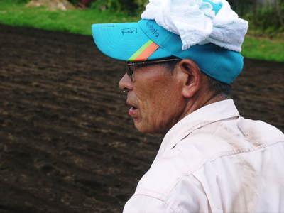 菊池水源里山ニンジン さぁ!いよいよ種蒔きです!!_a0254656_16313782.jpg