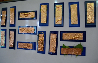 子どもたちと銅板レリーフ_e0239968_1881494.jpg