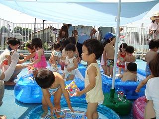 夏だ~ プールだ~ わお~_f0202388_21201615.jpg