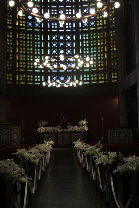 ユリの挙式の装花 東京女子大学、チャペルへ_a0042928_2041252.jpg