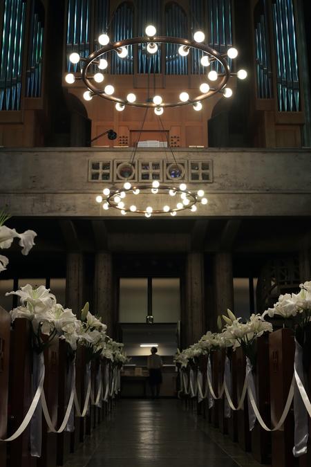 ユリの挙式の装花 東京女子大学、チャペルへ_a0042928_20503948.jpg