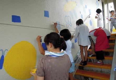 壁画を描こう!「3びきのかめ・1まんねんのぼうけん」④_f0247351_8173841.jpg
