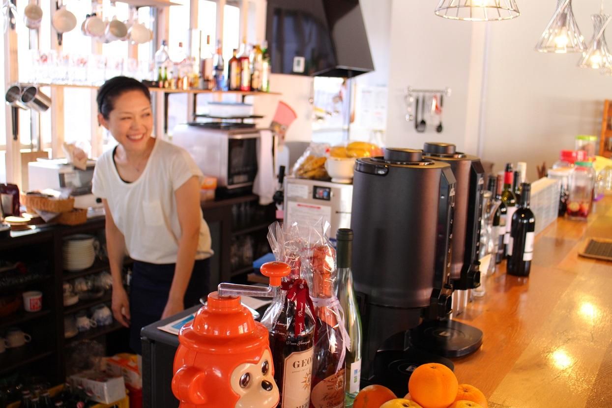 沼津に新しいワイン&カフェがOPENしました_b0016474_16311125.jpg