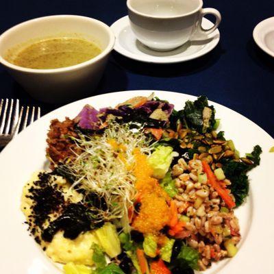 Peacefood cafe 訪問♡_f0095325_1201439.jpg