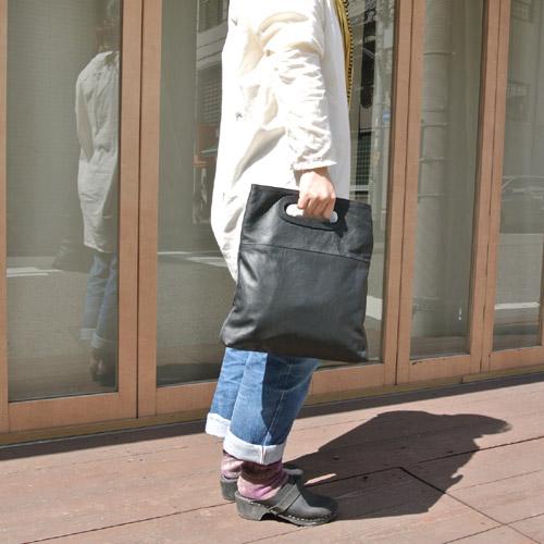 8月2日 Badhiya leather cluch bag _e0295731_19544588.jpg