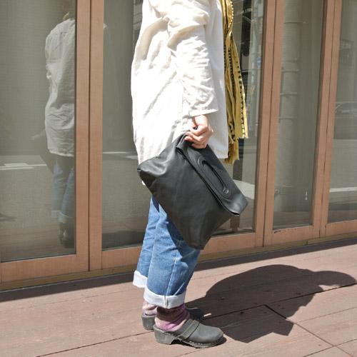 8月2日 Badhiya leather cluch bag _e0295731_19551840.jpg