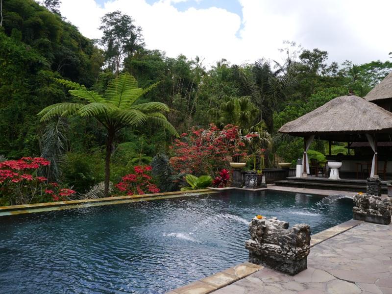 バリ島へ行く。② ~バグースジャティというホテル~_f0232060_23345590.jpg