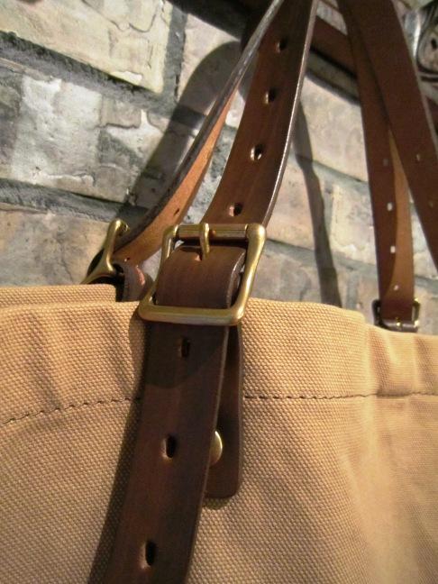 "SLOW \""tannin tote bag Lsize\"" ご紹介_f0191324_9313012.jpg"