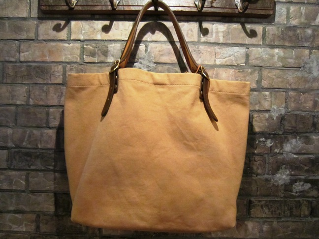 "SLOW \""tannin tote bag Lsize\"" ご紹介_f0191324_9315622.jpg"