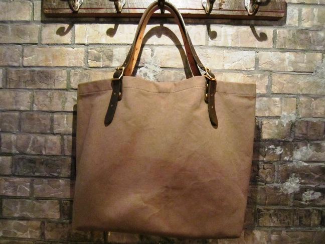 "SLOW \""tannin tote bag Lsize\"" ご紹介_f0191324_932224.jpg"