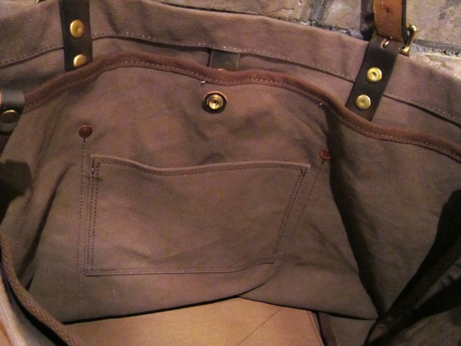 "SLOW \""tannin tote bag Lsize\"" ご紹介_f0191324_9332073.jpg"