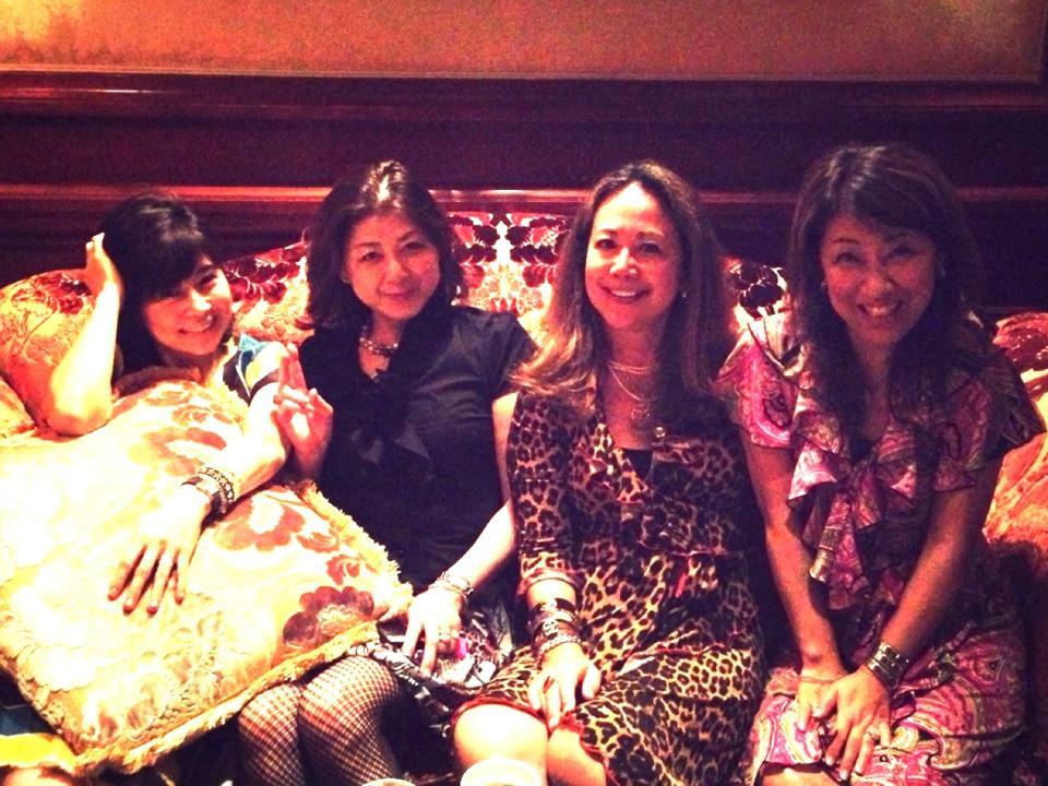 麗しいマダムたちとゴージャスシャンパンナイト@リッツ・カールトン大阪_f0215324_11512076.jpg