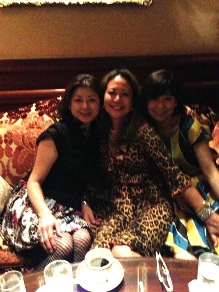 麗しいマダムたちとゴージャスシャンパンナイト@リッツ・カールトン大阪_f0215324_11513559.jpg